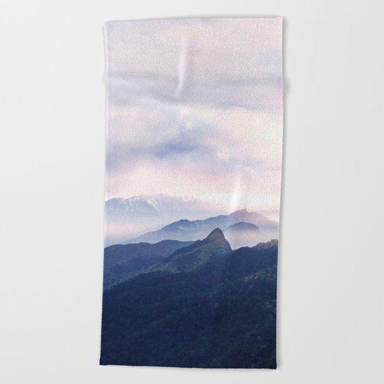 Silent sunset II Beach Towel