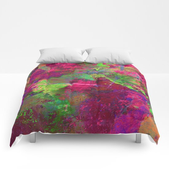 Fusion In Pink And Green Comforters