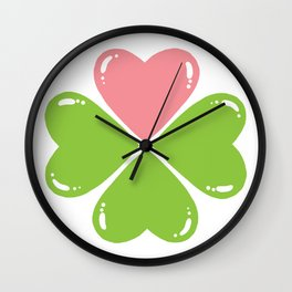Love makes me lucky Wall Clock