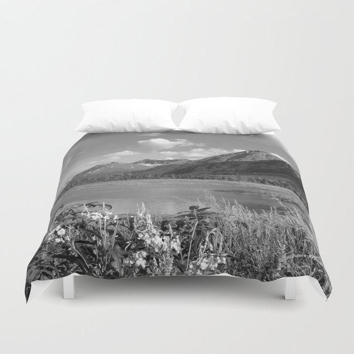 Tern Lake - Mono 2 Duvet Cover