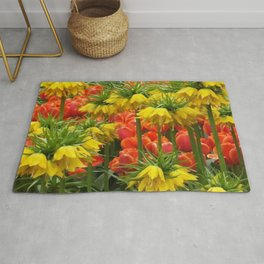 YELLOW CROWN IMPERIAL GREENHOUSE GARDEN Rug
