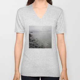 Boughty Ferry River Tay 3 Unisex V-Neck