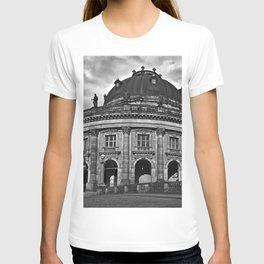 Bode Museum on the Berlin Museum Island T-shirt