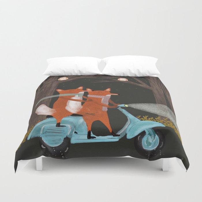 the fox mobile Duvet Cover