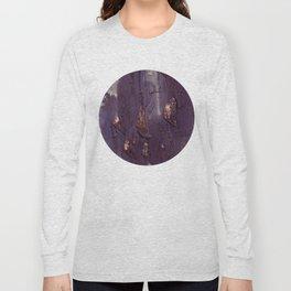 top heavy wall Long Sleeve T-shirt