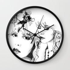 Trois Stevie Wall Clock