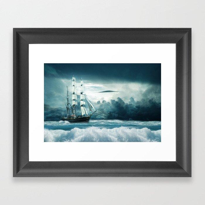 Blue Ocean Ship Storm Clouds Gerahmter Kunstdruck