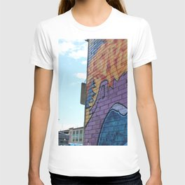 Art Central wall T-shirt