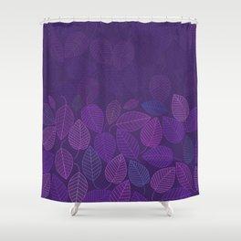 LEAVES ENSEMBLE ULTRA VIOLET Shower Curtain