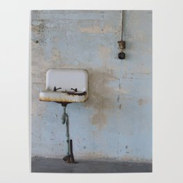 Old Sink Poster
