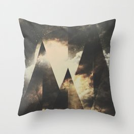 The mountains are awake Throw Pillow
