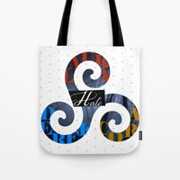 derek hale Tote Bags featuring Hale Family by Ana Sánchez