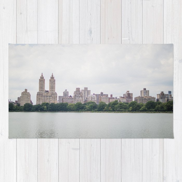 Monochromatic - New York City Central Park, Architecture Landscape, Cloudy City Skyline Photography Rug