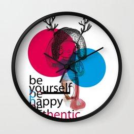 ciervo love Wall Clock