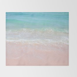 Beach shoreline | Waves Throw Blanket