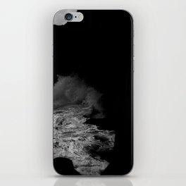 sea05 iPhone Skin