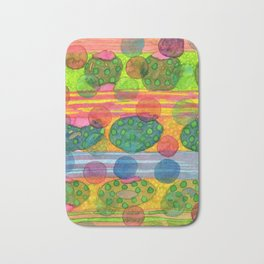 Round Shapes within and above horizontal Stripes Bath Mat