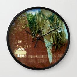 Waouh! Wall Clock