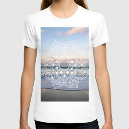 Flower shell mandala - shoreline T-shirt