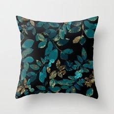Seamless Blossom Pattern Throw Pillow