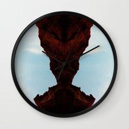 Praying Mantus Wall Clock