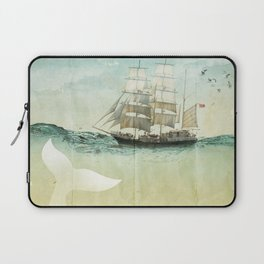 white tail, Moby Dick Laptop Sleeve