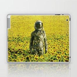 Stranded in the sunflower field Laptop & iPad Skin