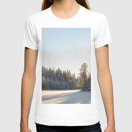 Winter in the wildwood. T-shirt