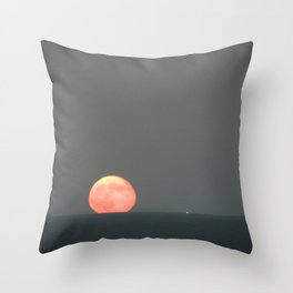 Where dreams live Throw Pillow