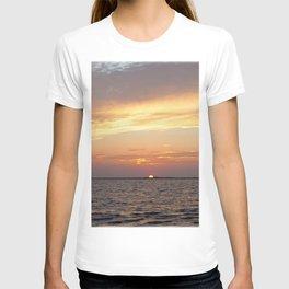 Watercolor Sunset, Janes Island 12, Maryland T-shirt