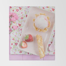 Strawberry ice cream Throw Blanket