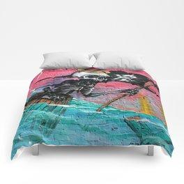 Sailing Skeleton  Comforters