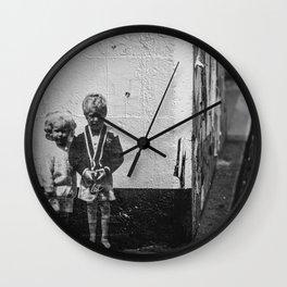 Seattle, Post Alley murals Wall Clock