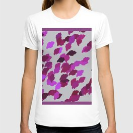 Pink Camouflage Leaves with Border T-shirt