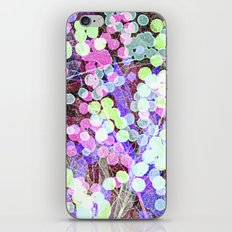 Dots & Leaves. iPhone Skin