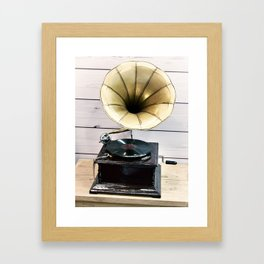 Vintage antique gramophone with phonograph Framed Art Print