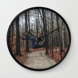 süspension Wall Clock