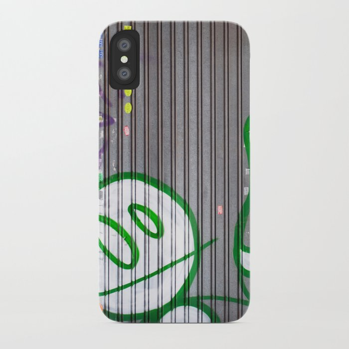 Pelele iPhone Case