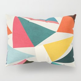Collection of pointy summit Pillow Sham