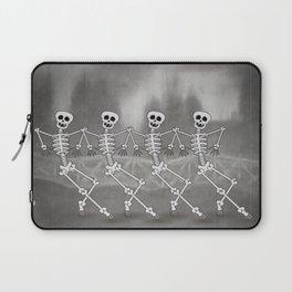 Dancing skeletons I Laptop Sleeve