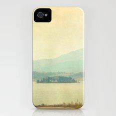 Distant iPhone (4, 4s) Slim Case