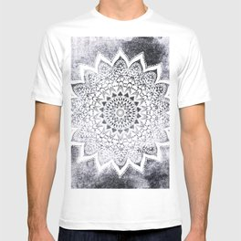 BOHO WHITE NIGHTS MANDALA T-shirt