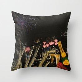 Fogo de artificio fim de ano na Madeira! Throw Pillow