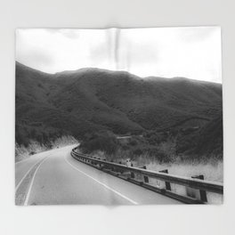 HAZY BENDS Throw Blanket