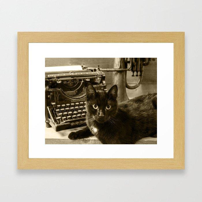Black cat and vintage typewriter  Framed Art Print