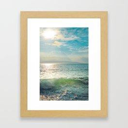 Pā'ako Beach Iridescence Framed Art Print