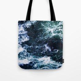 Wild ocean waves Tote Bag