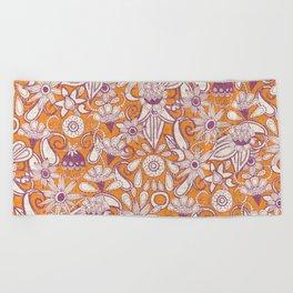 sarilmak tangerine damson Beach Towel