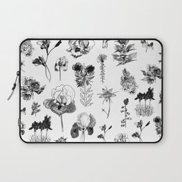 All the wild Laptop Sleeve