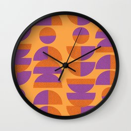 Circles Marks Wall Clock